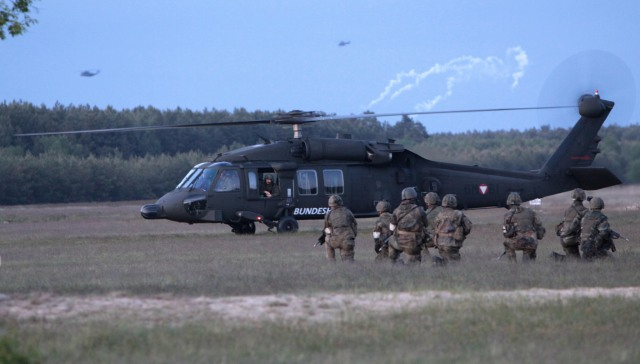 Wo es immer weniger Soldaten gibt, sind deren Stimmen auch weniger wahlentscheidend.  // photo: Medien Bundeswehr (CC BY-NC-ND 2.0)